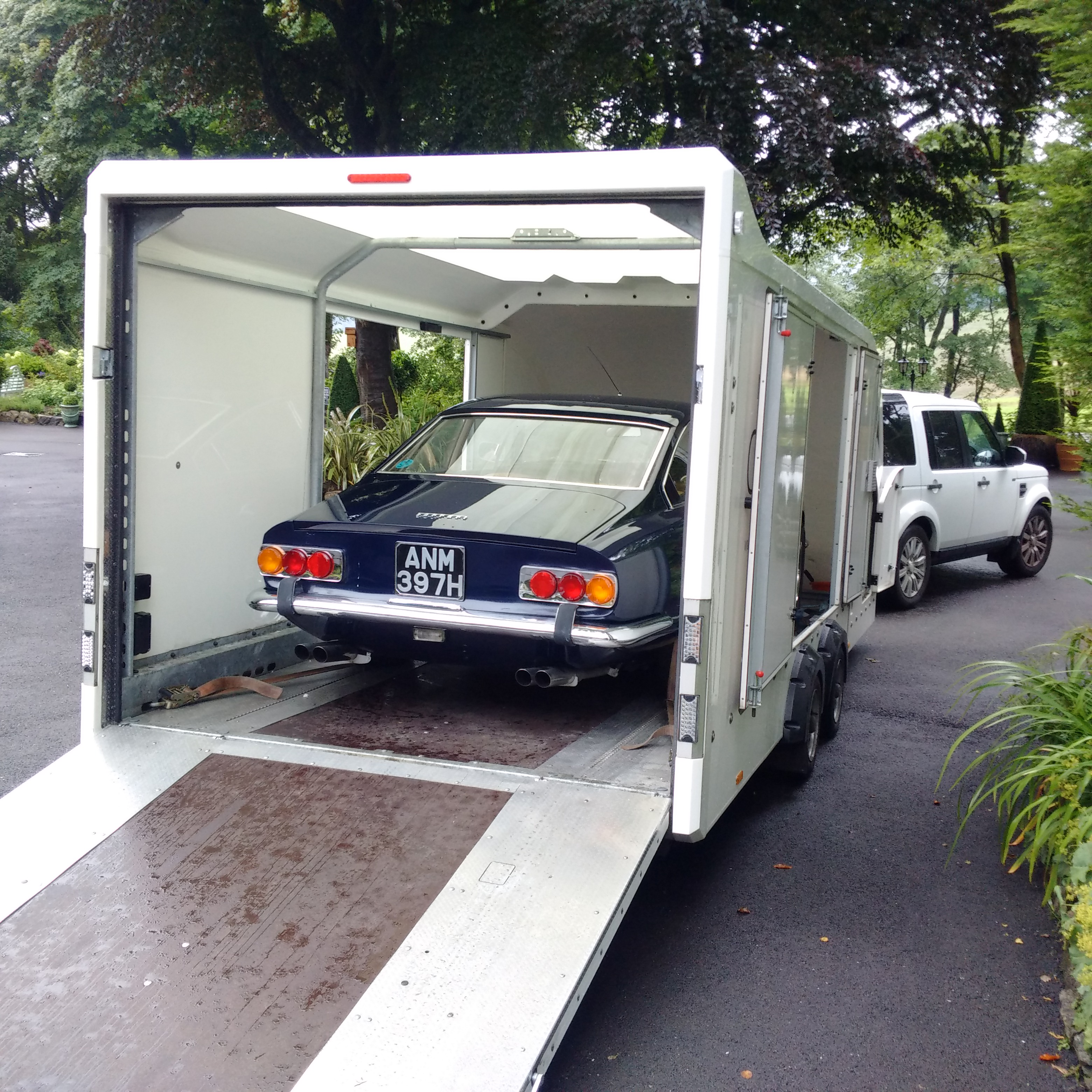 Transport Ferrari: Classic Car Transport UK » Circuit2Circuit Car Transport
